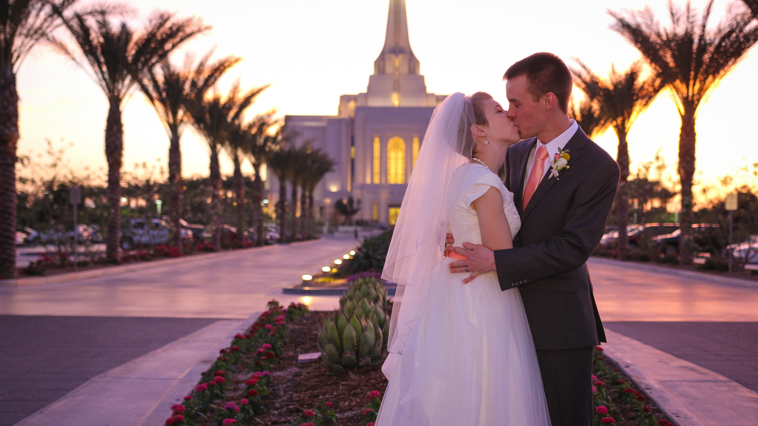Gilbert Temple Wedding Photo-7